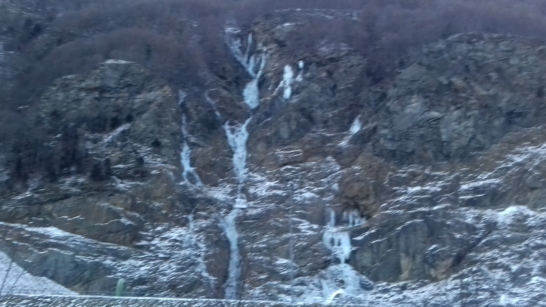 EMIT e Prima cascata