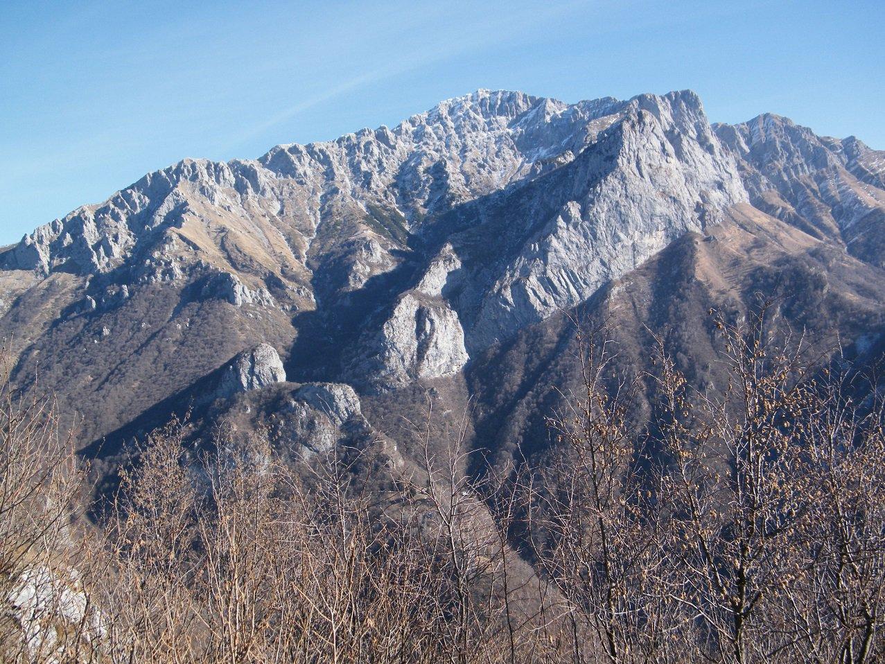 Il gruppo del Grignone dalla cima.