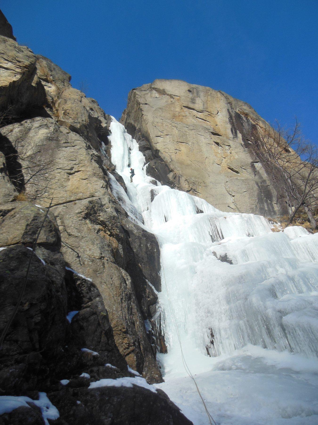La cascata...al sole da metà giornata