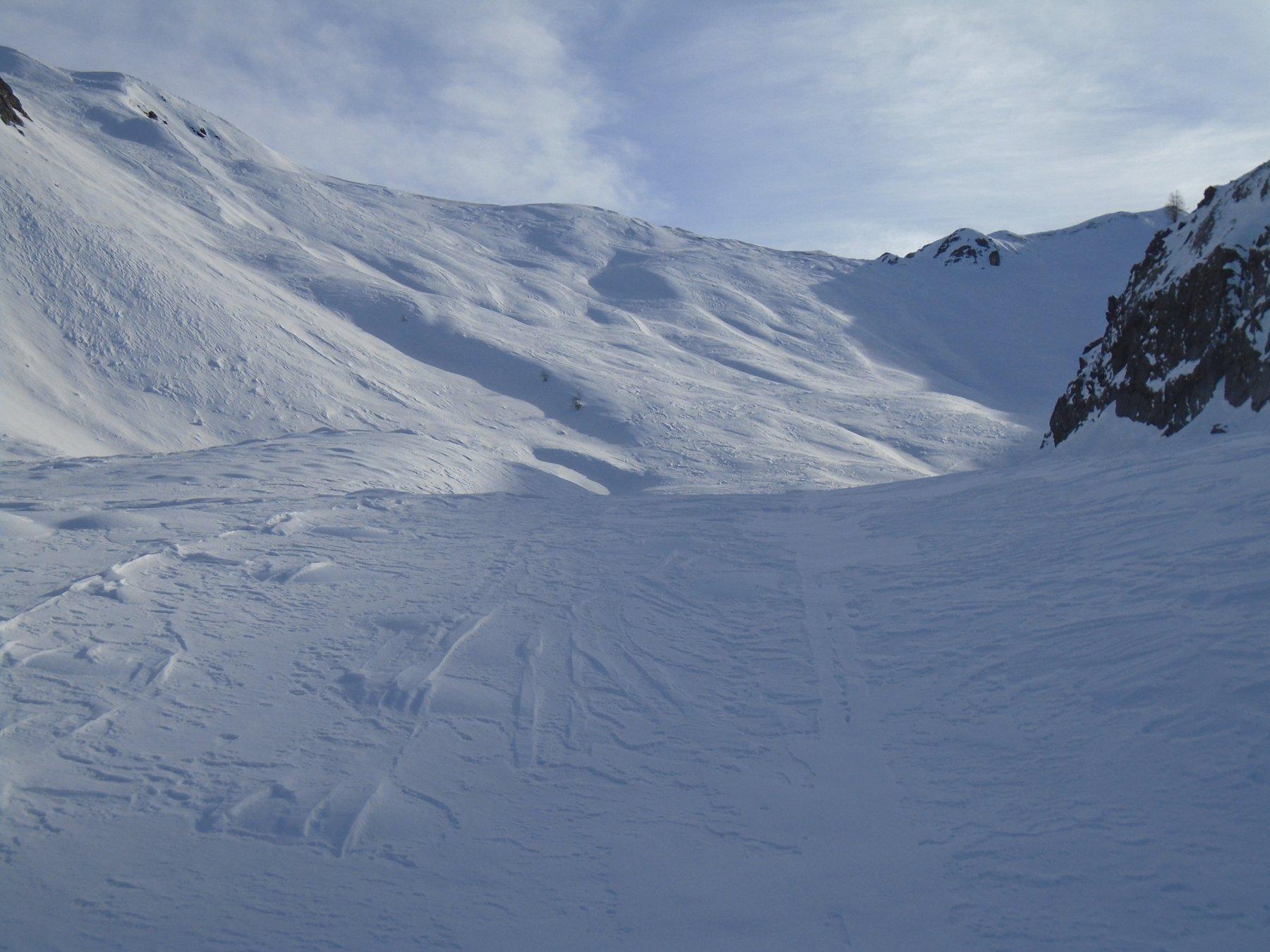 Sopra la gola itinerario a piacimento verso Colle Vallonetto, visibile in alto a sx
