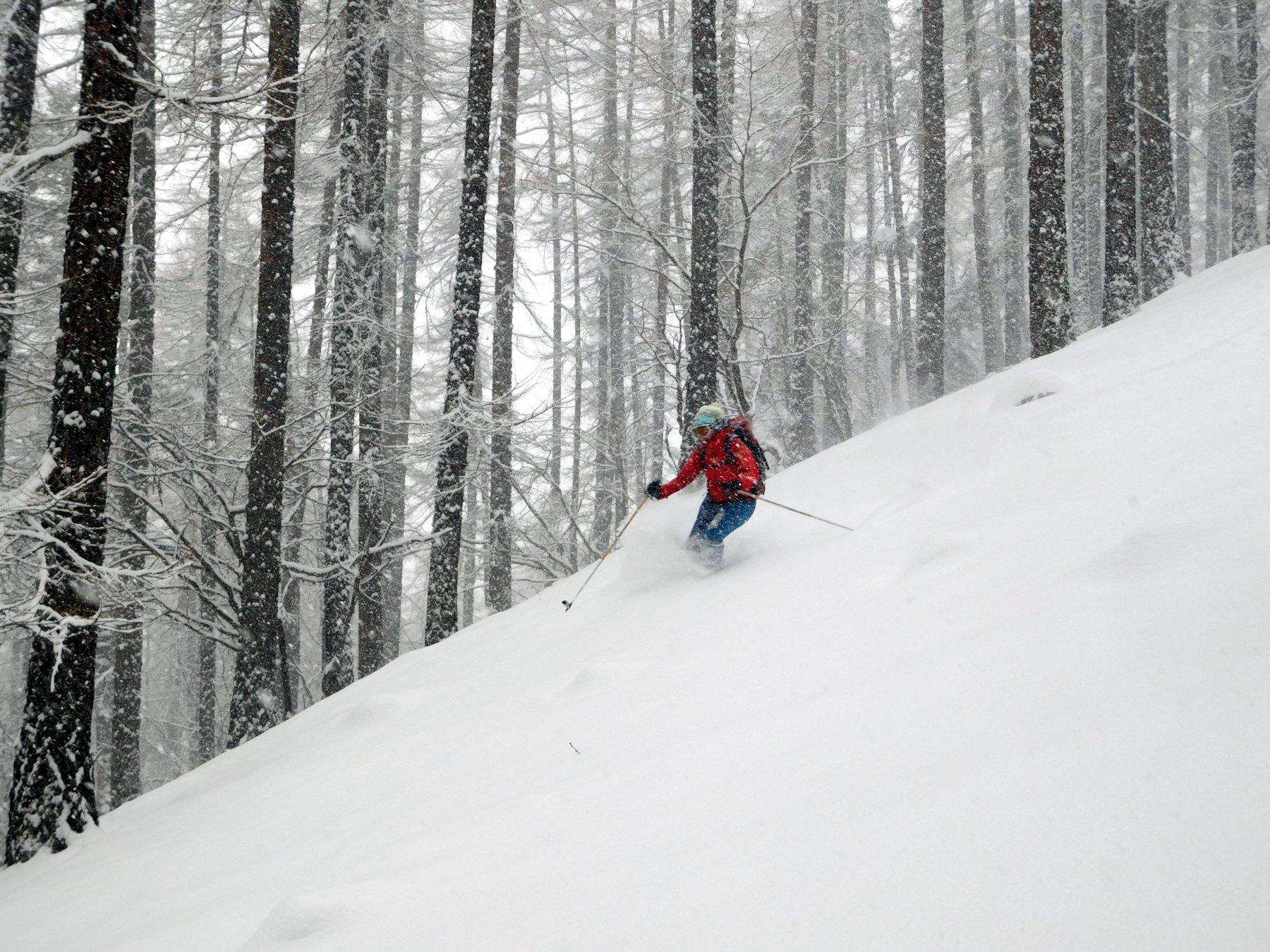 Elena sotto la nevicata