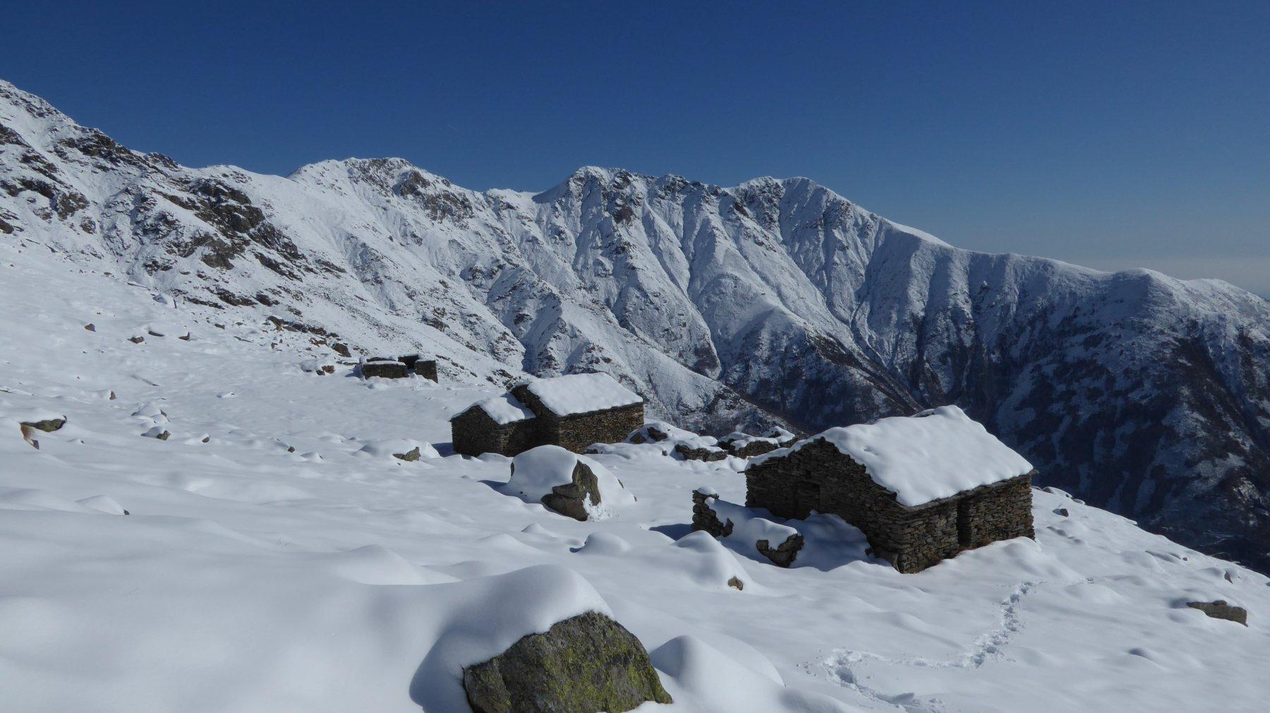 Guia (Mont d'la) e colletto 1742 m da Traversella 2017-02-15