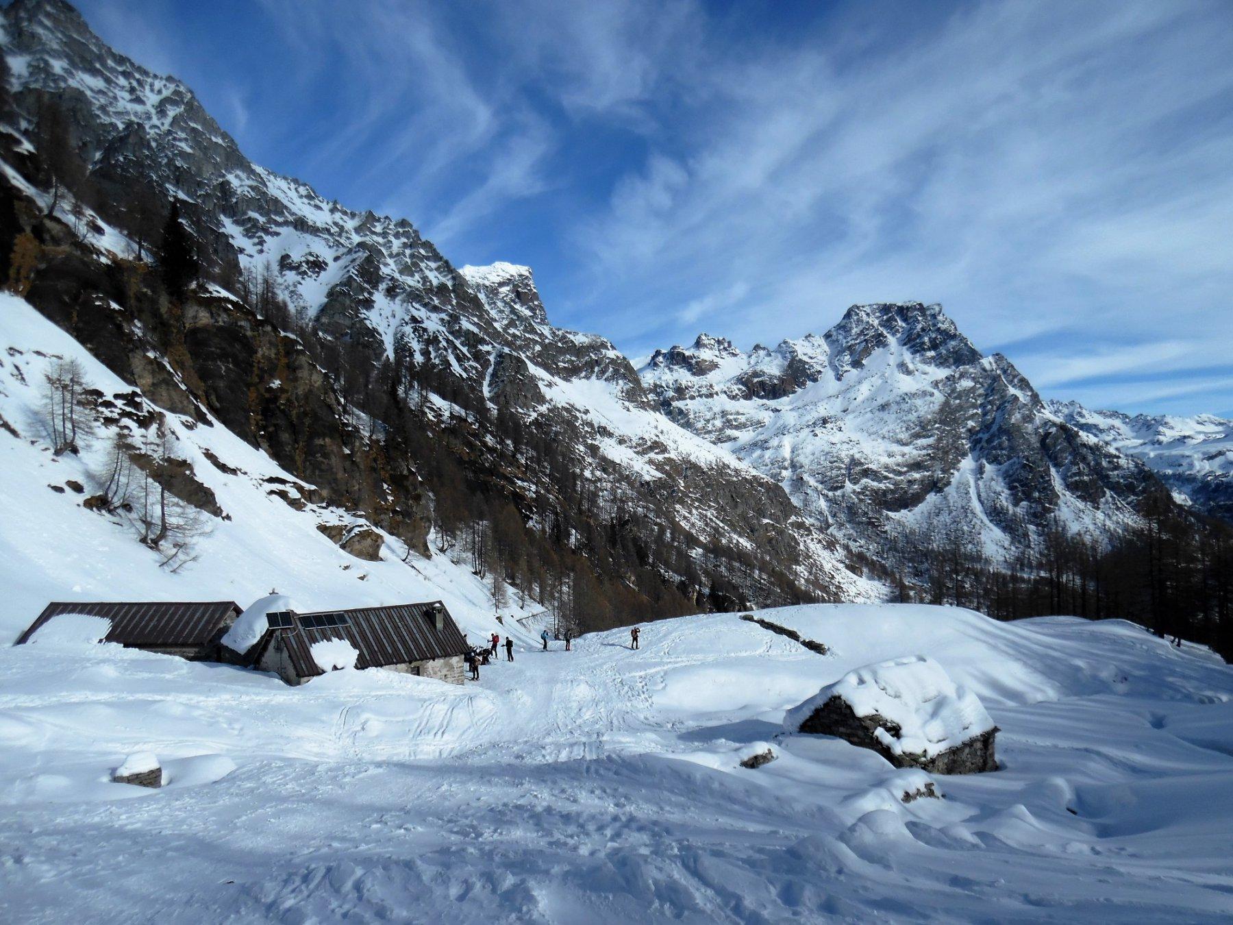 Alpe Misanco, dietro la Rossa e il Pizzo di Crampiolo