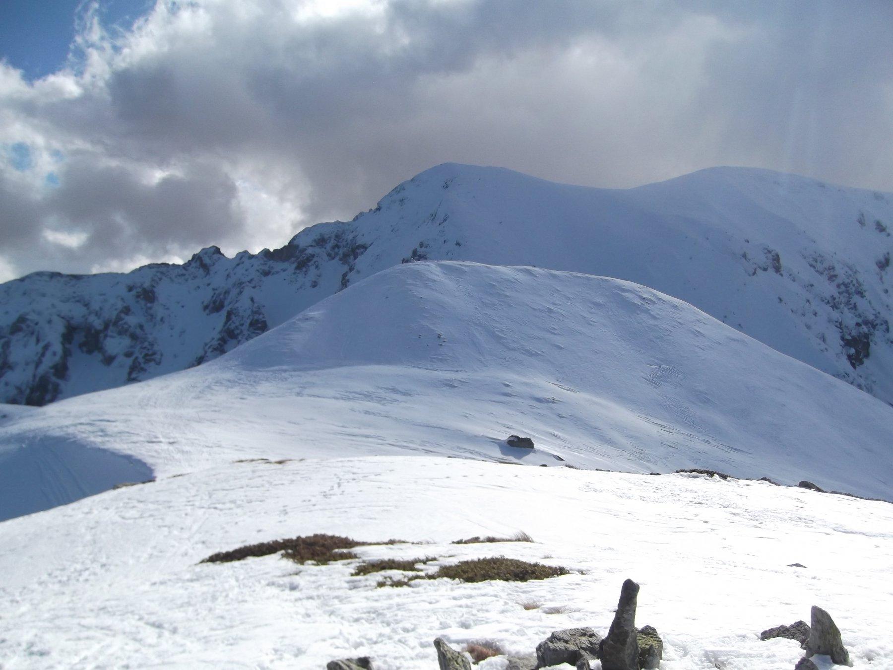 Monti Grosso e Antoroto visti dalla cima gemella.
