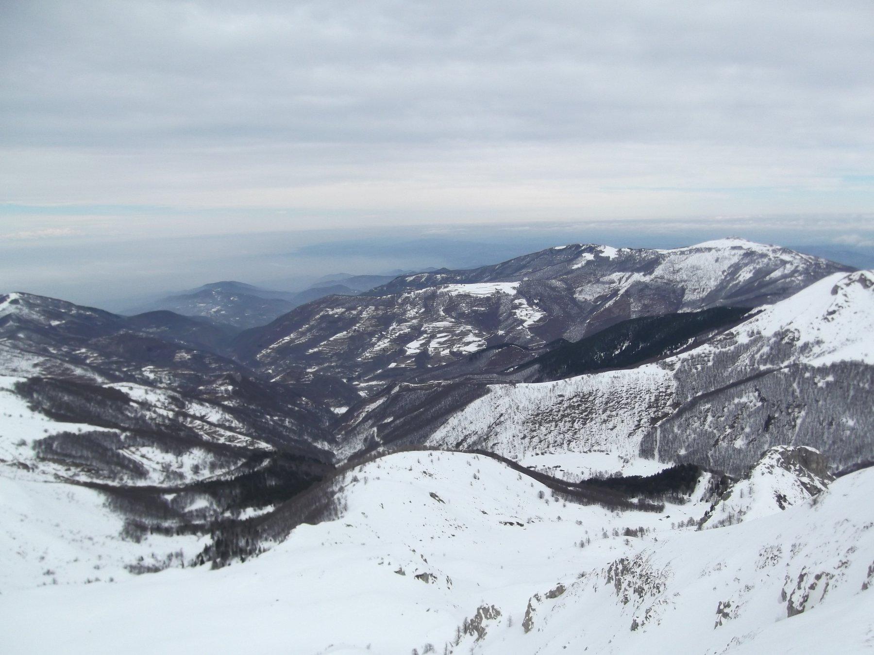 Il vallone di Valcasotto dalla vetta.