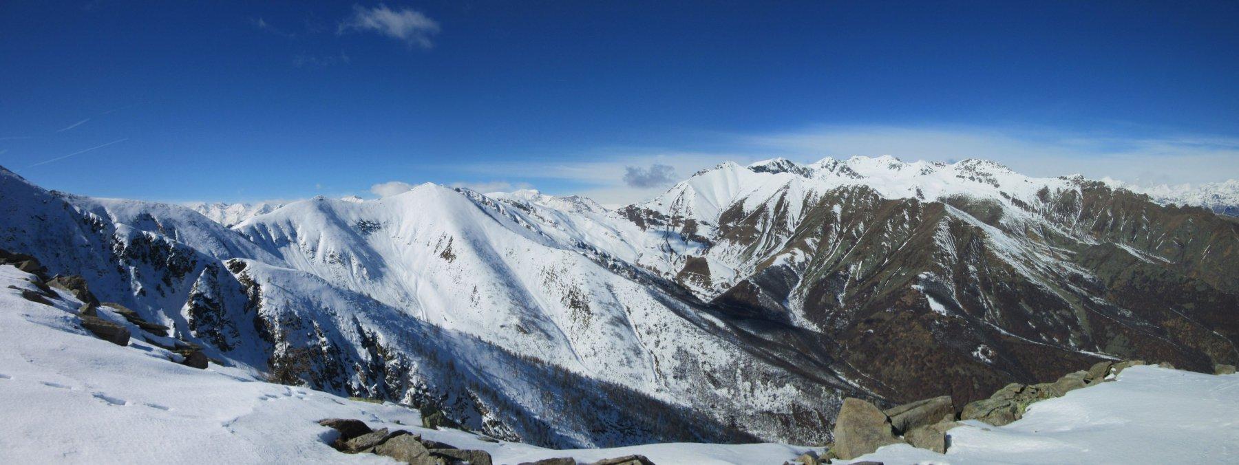Panorama verso le cime della Val Sangone