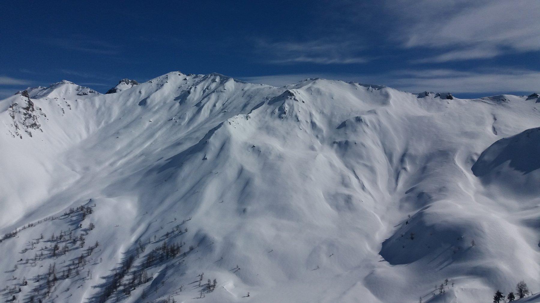 Pendii carichi di neve