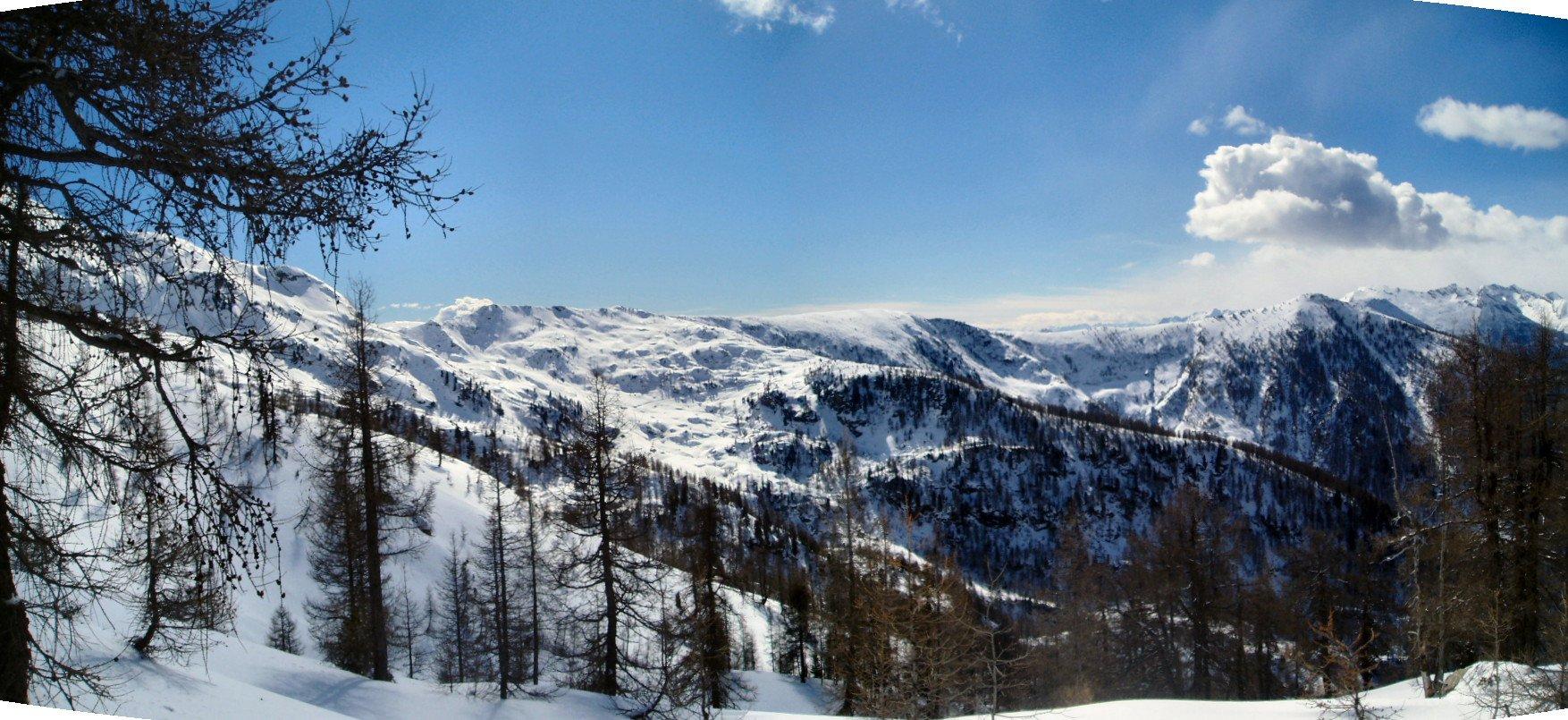 Panorama verso Colle Carisey e Giassit