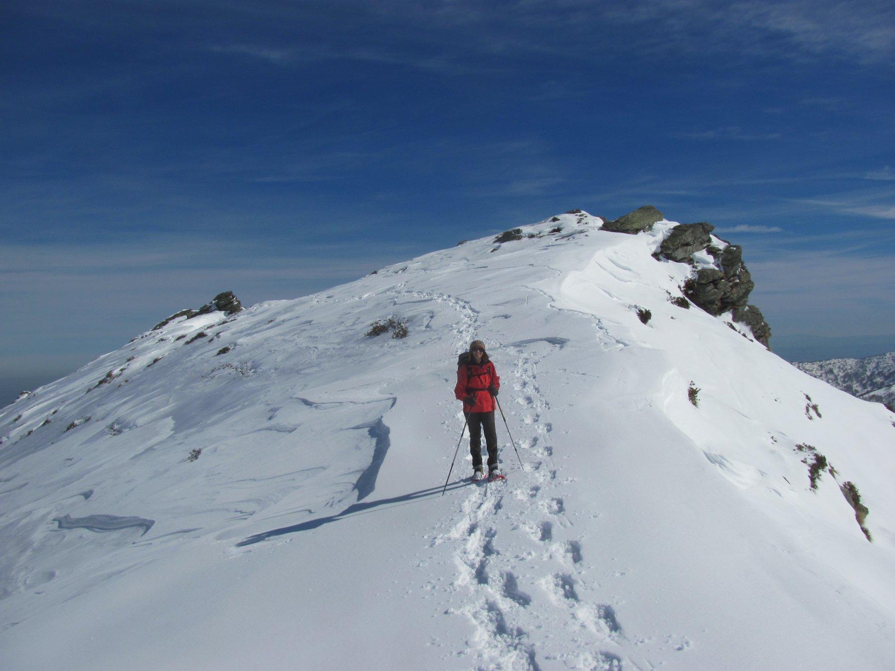 tornando; si puo' notare che in cresta non c'è molta neve