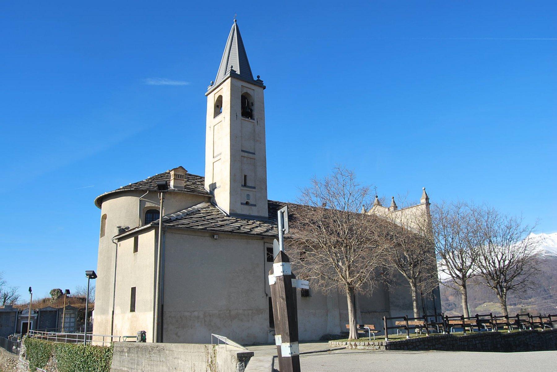 La Chiesa di Brosso, il primo punto panoramico che si incontra salendo