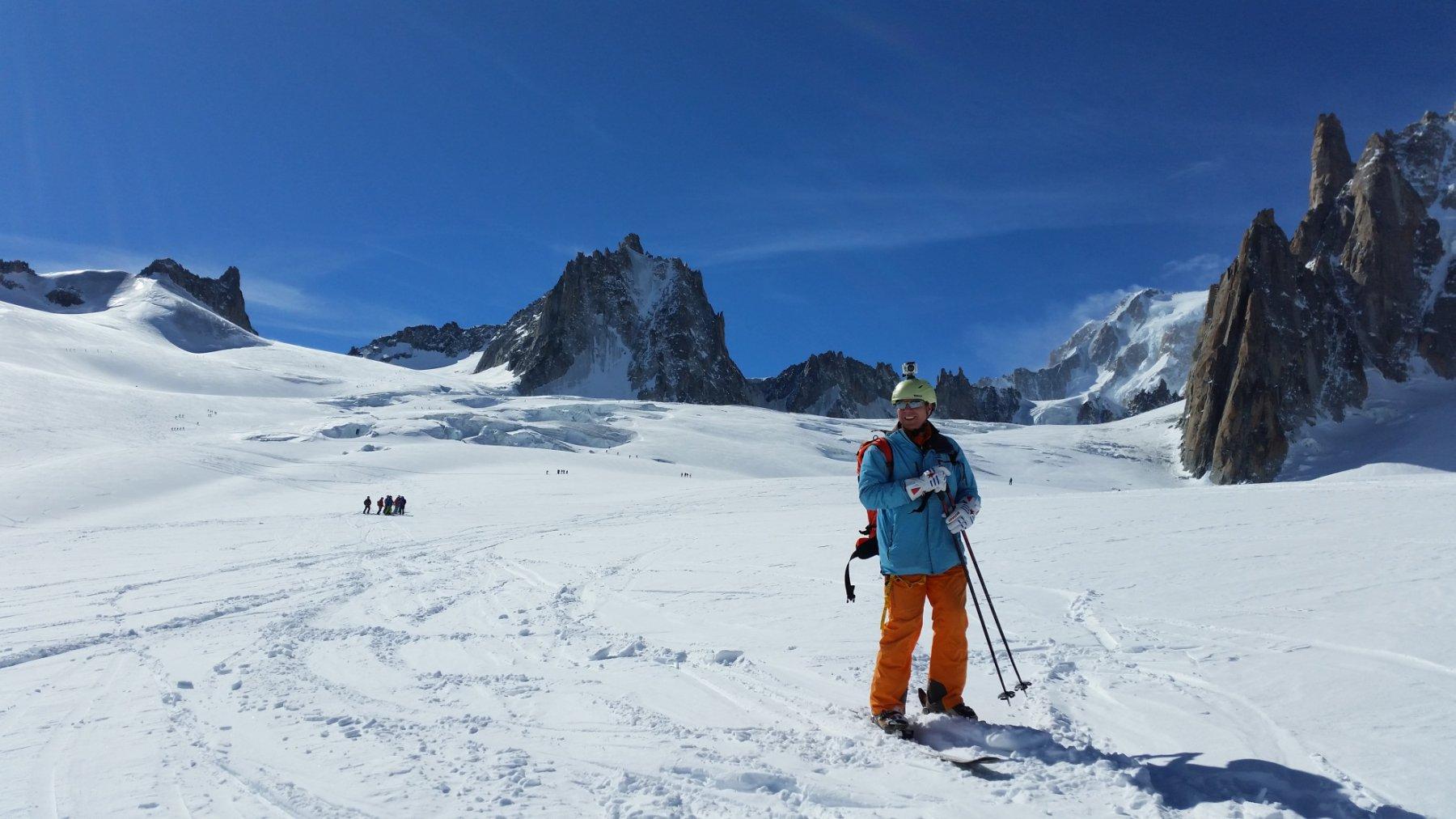 Verso la Vallè Blanche (sullo sfondo Monte Bianco)