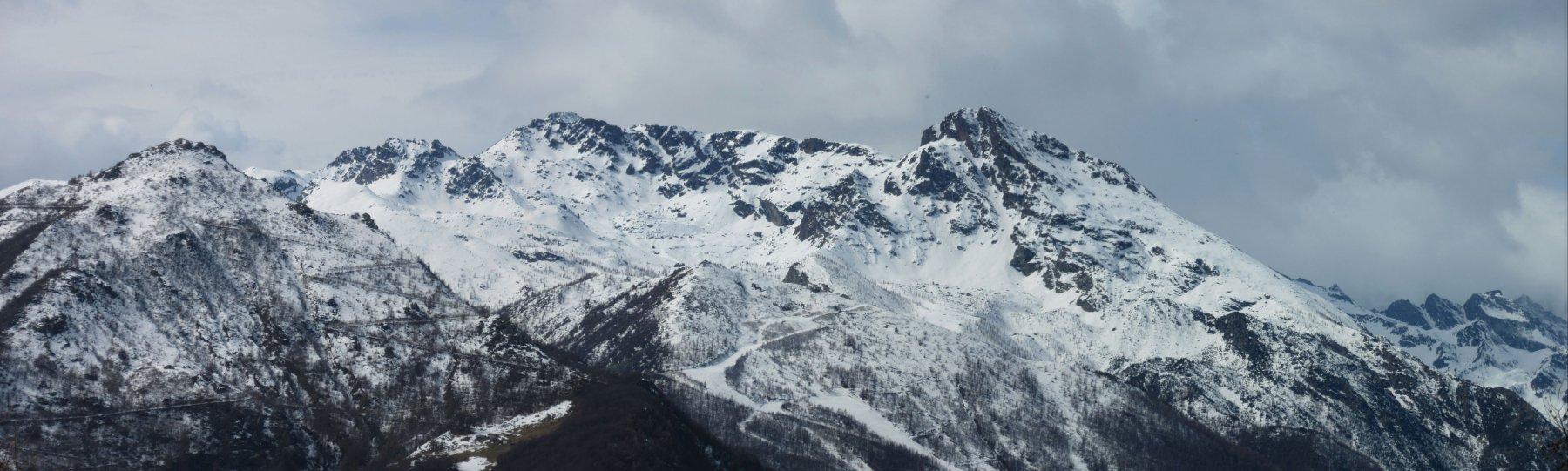 Panorama verso le vette sopra Ala di Stura