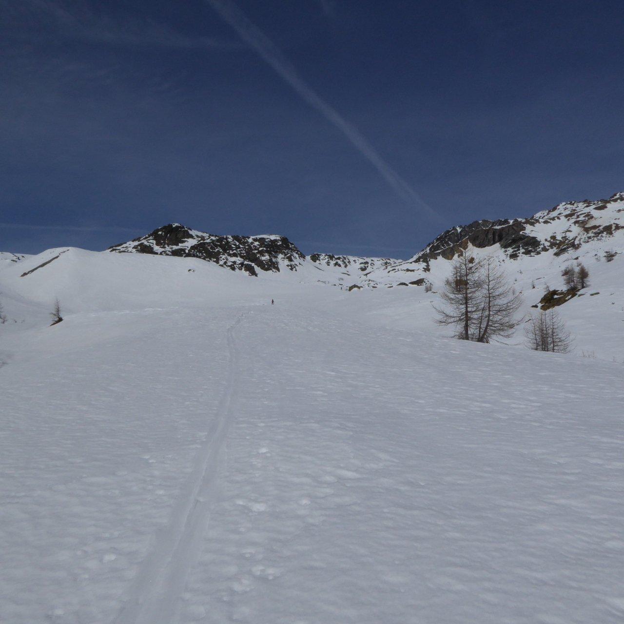 poco sopra il sentiero -che attualmente si percorre a piedi- del percorso n°2