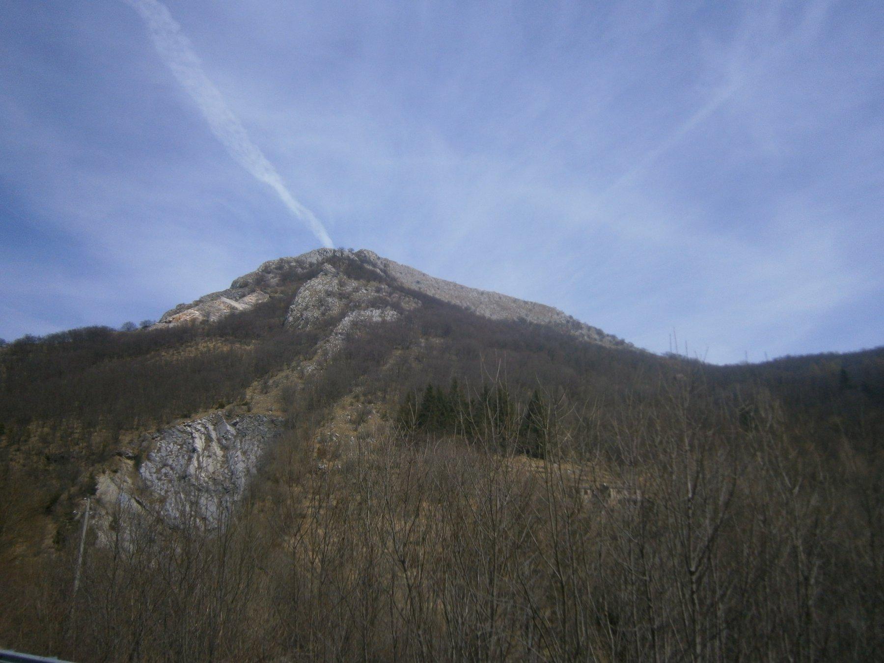 Rocca Ferraira dalla statale