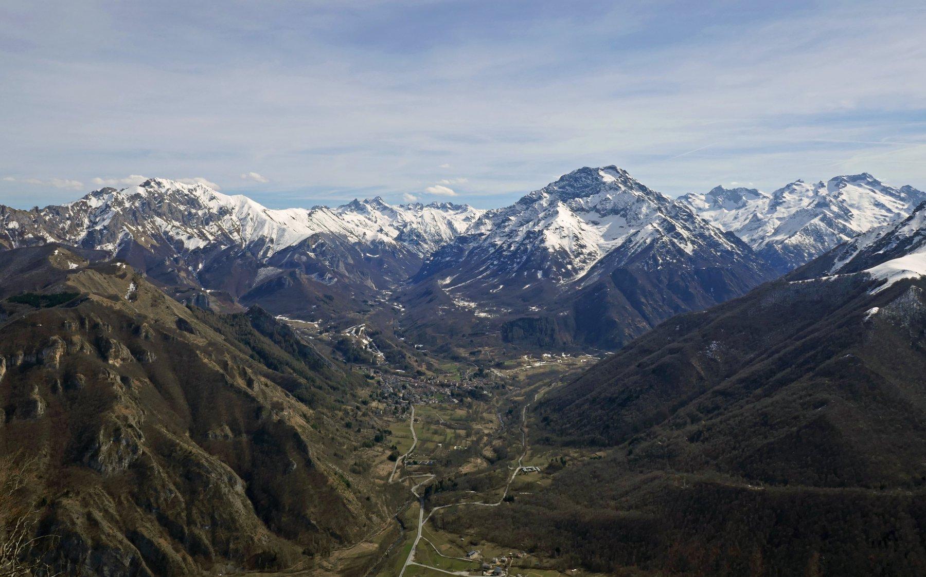 La conca di Entracque e le cime che la racchiudono