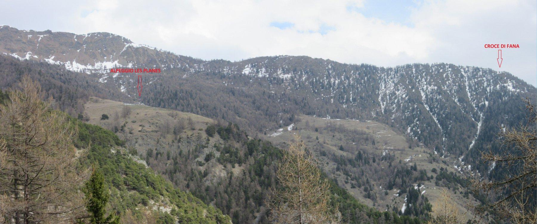 Panorama sulla Croce di Fana e sull'Alpeggio dove si trova
