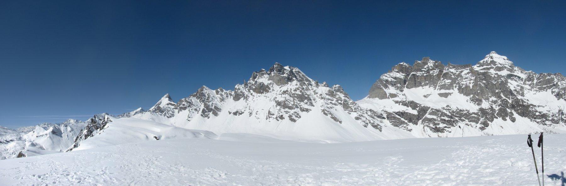 Panorama con P.ta di Boccareccio, Pizzo Cornera, P.ta Devero e M. Cervandone