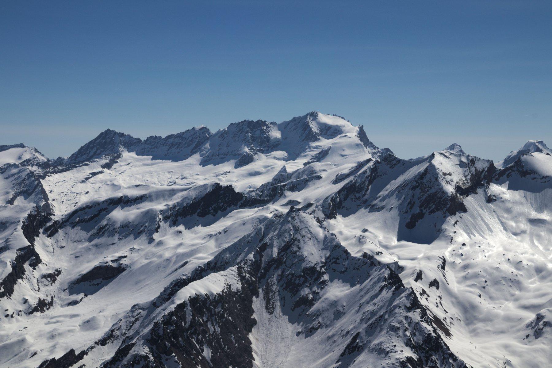 Il Gran Paradiso dalla vetta del Truc Blanc