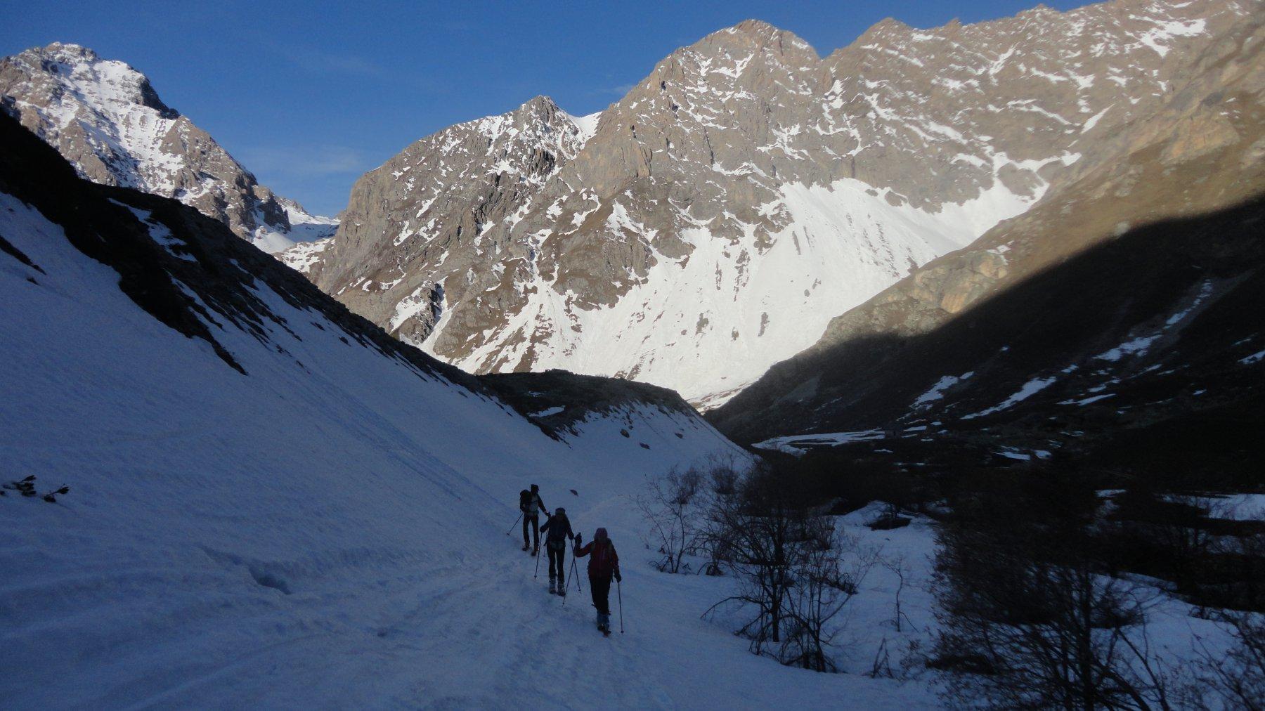 si mettono gli sci