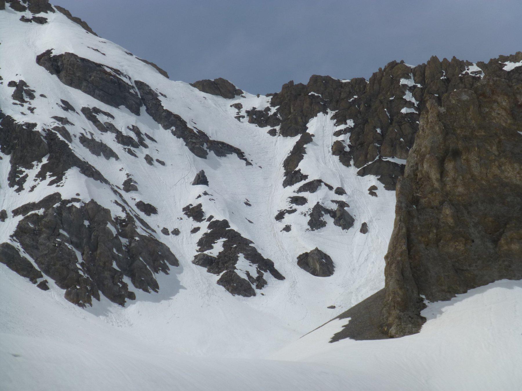 Col del Feuillas visto dal vallone di Enchiausa (uno sguardo il giorno prima)