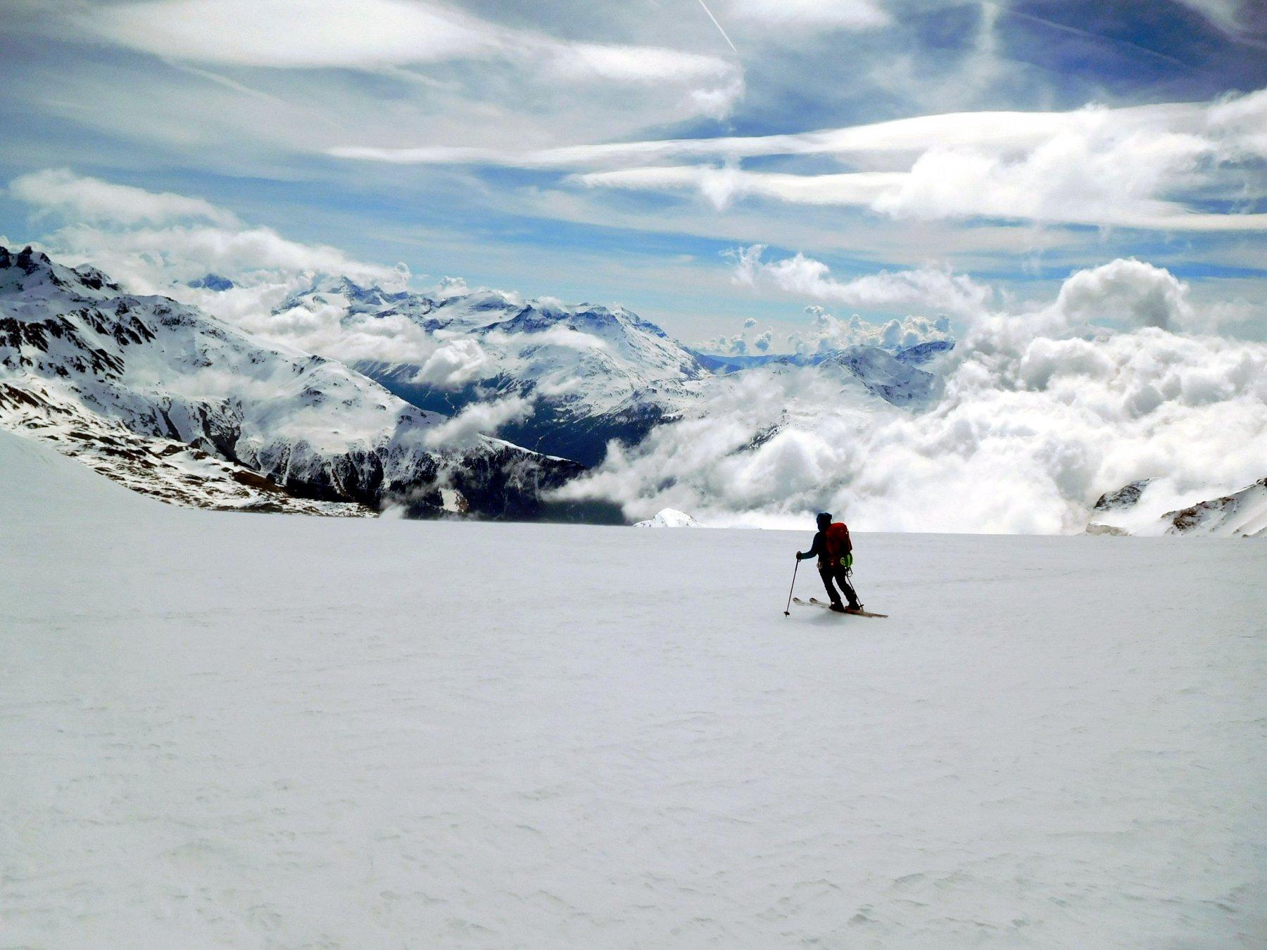 d2 discesa sul ghiacciaio di Chasseforet in neve dura