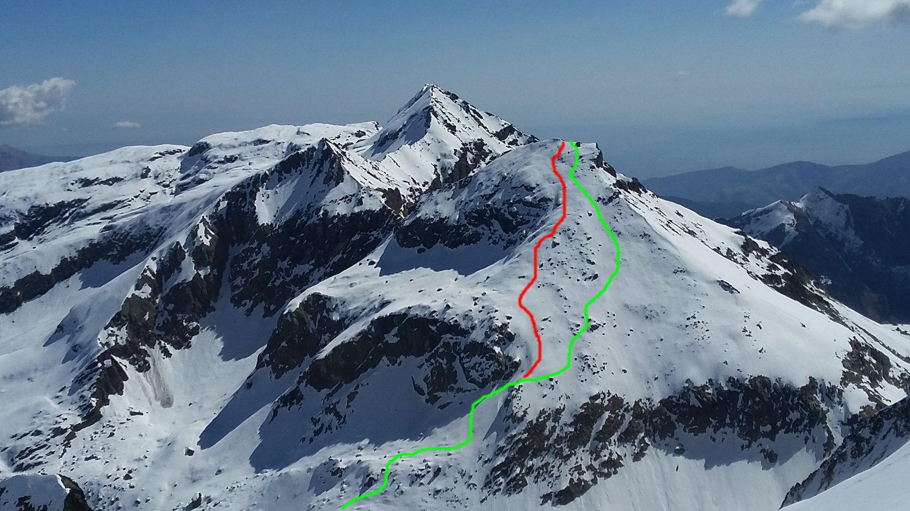 Itinerario diretto dai Laghi Verdi a cima Golai, visto da Ortetti (verde up, rosso down)