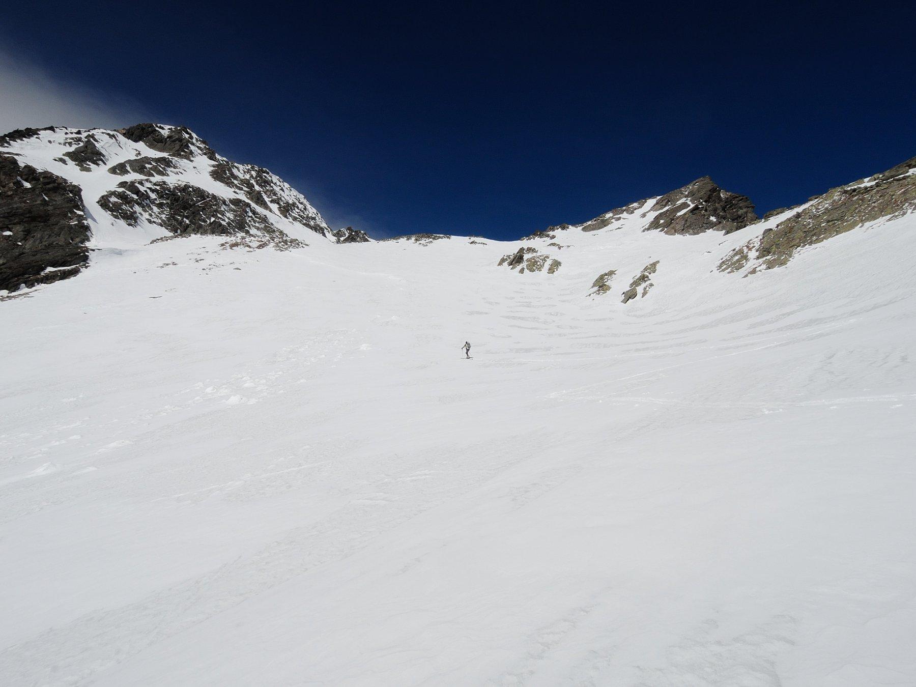 Salendo nella conca di Griesserna