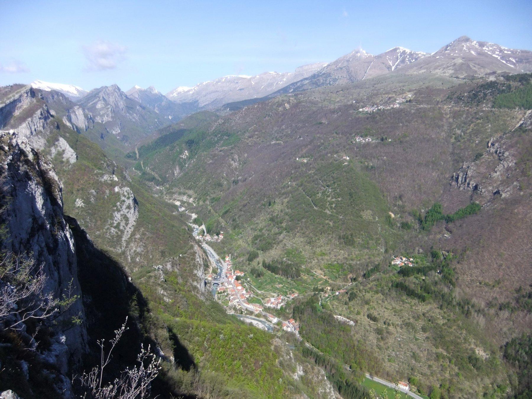 Ponti di Nava e Alta Val Tanaro dalla Rocca Ferraira