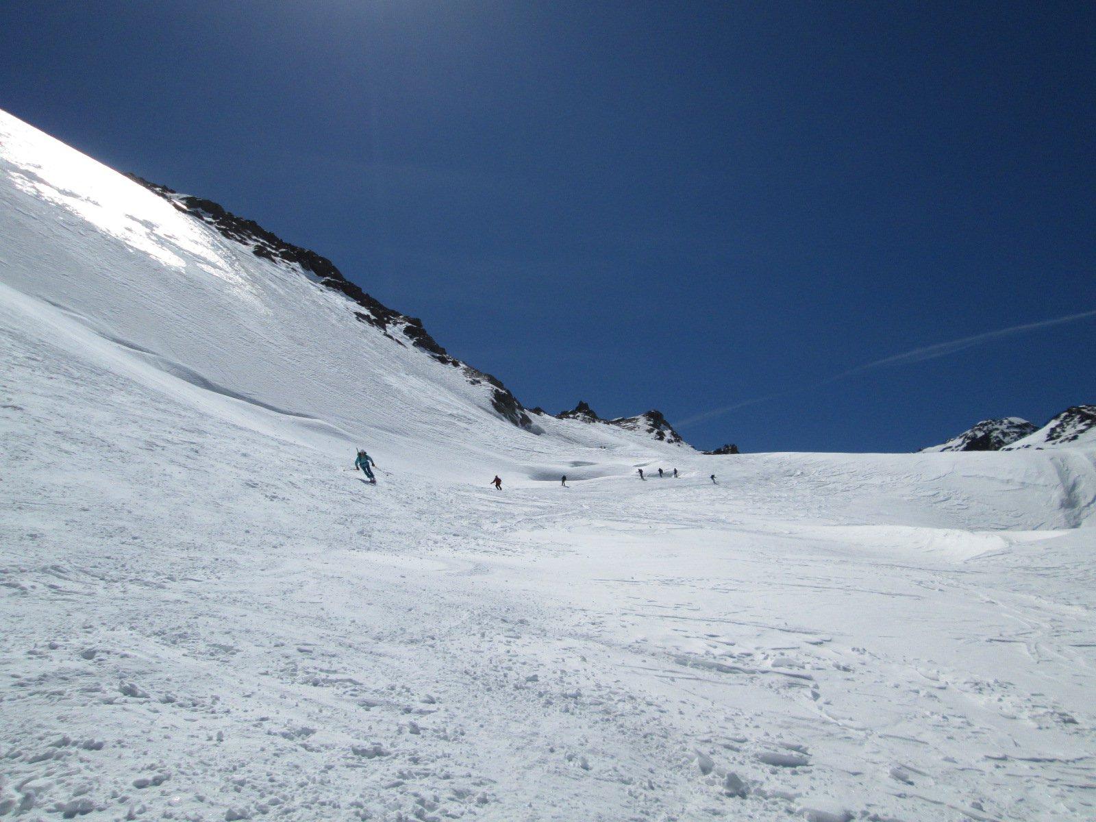 sotto il colle, la neve è molto più bella