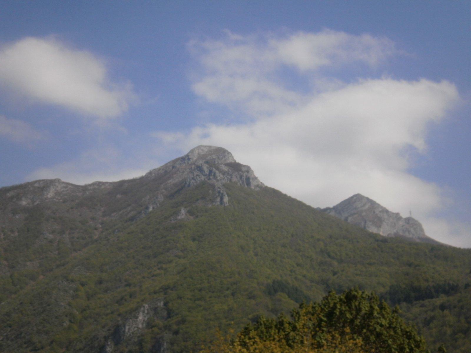 Al centro Rocca Vanciarampi