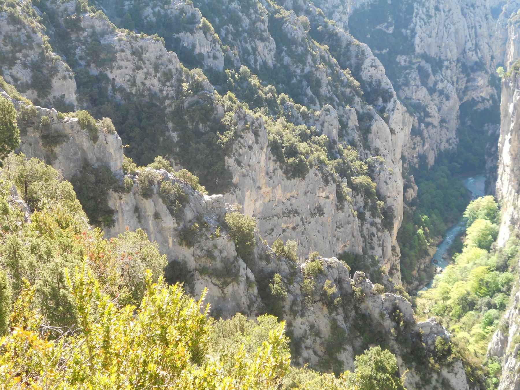 La cresta finale dell'Herbetto vista dall'attacco del sentiero di avvicinamento.