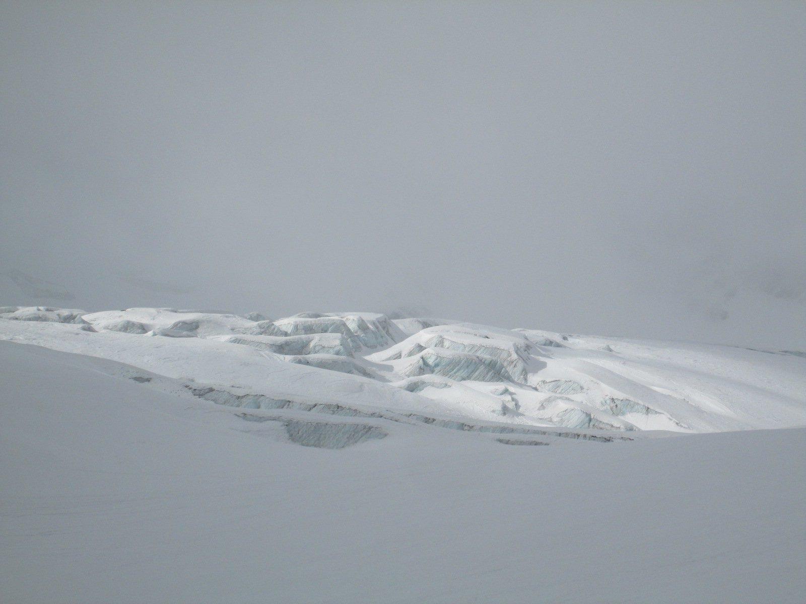 giochi di luce sul ghiacciaio