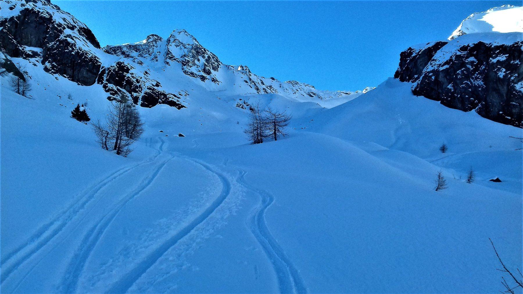 La bella valletta che porta sul ghiacciaio