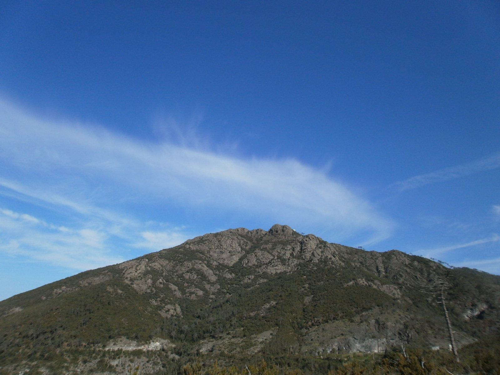 Monte Rossola visto da levante