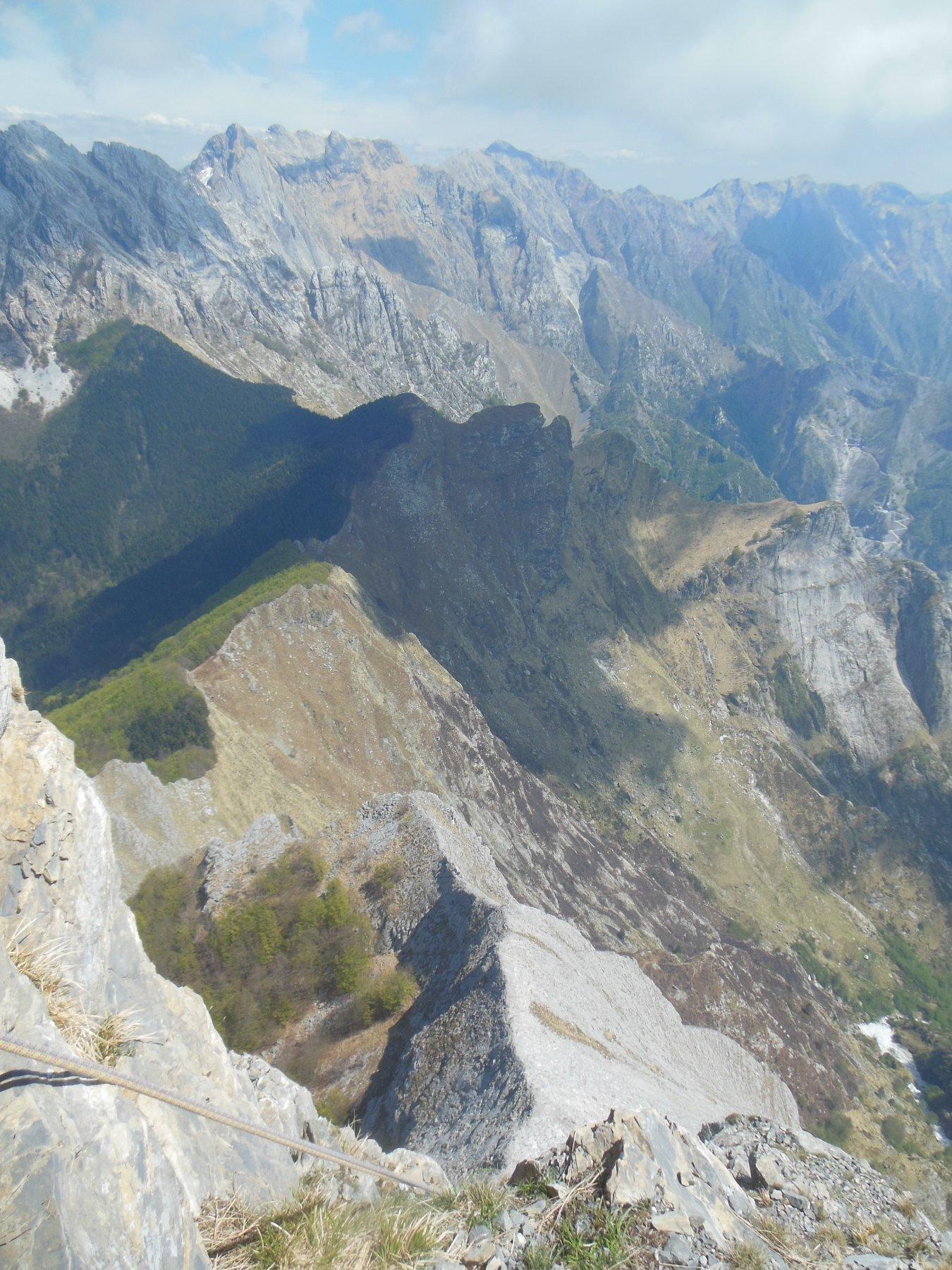 Il panorama mozzafiato sulle Apuane