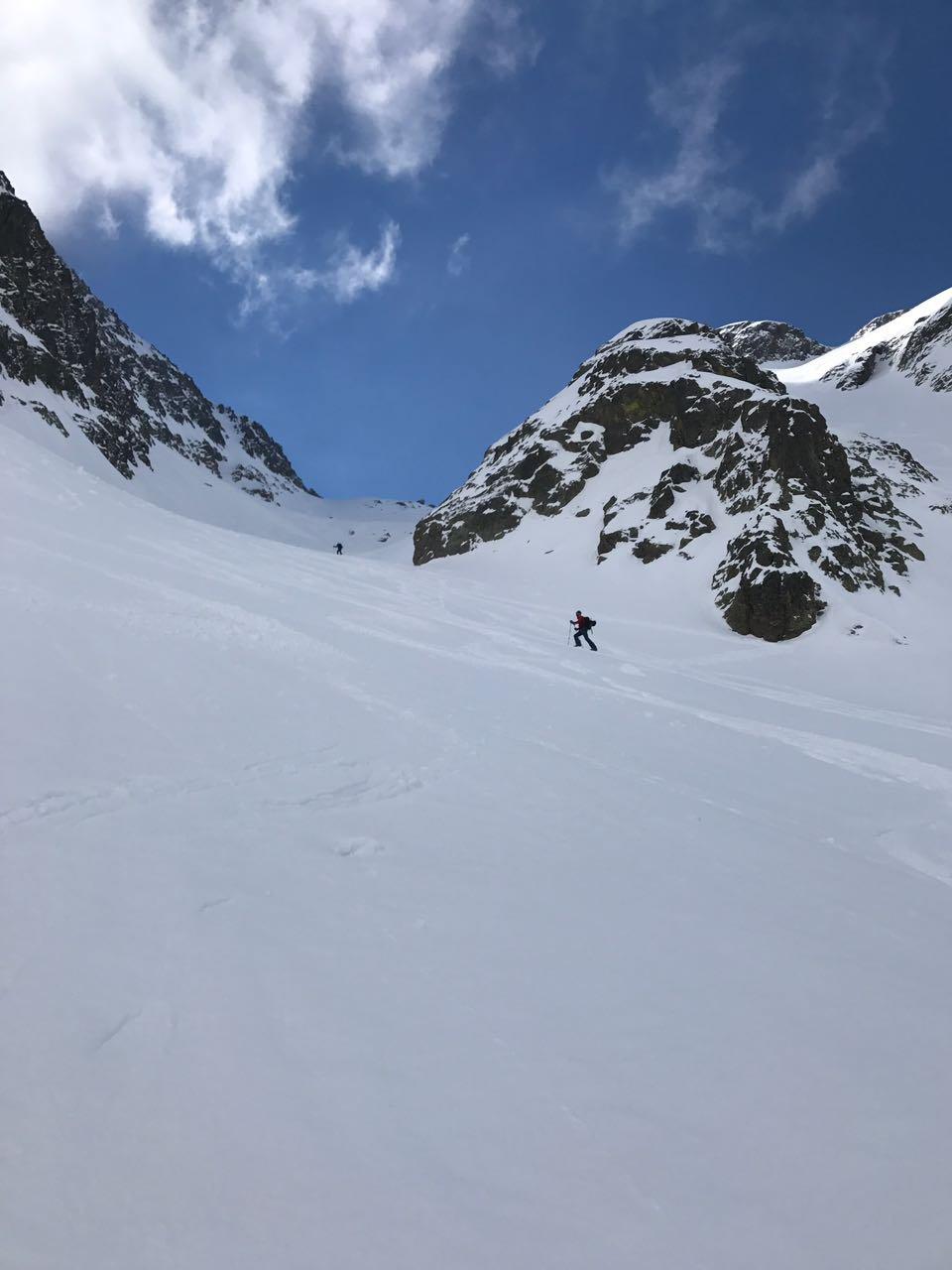 Tenibres (Monte) Canale Nord, dai Prati del Vallone per il Passo del Vallone e Passo dei Rabuons 2017-04-30