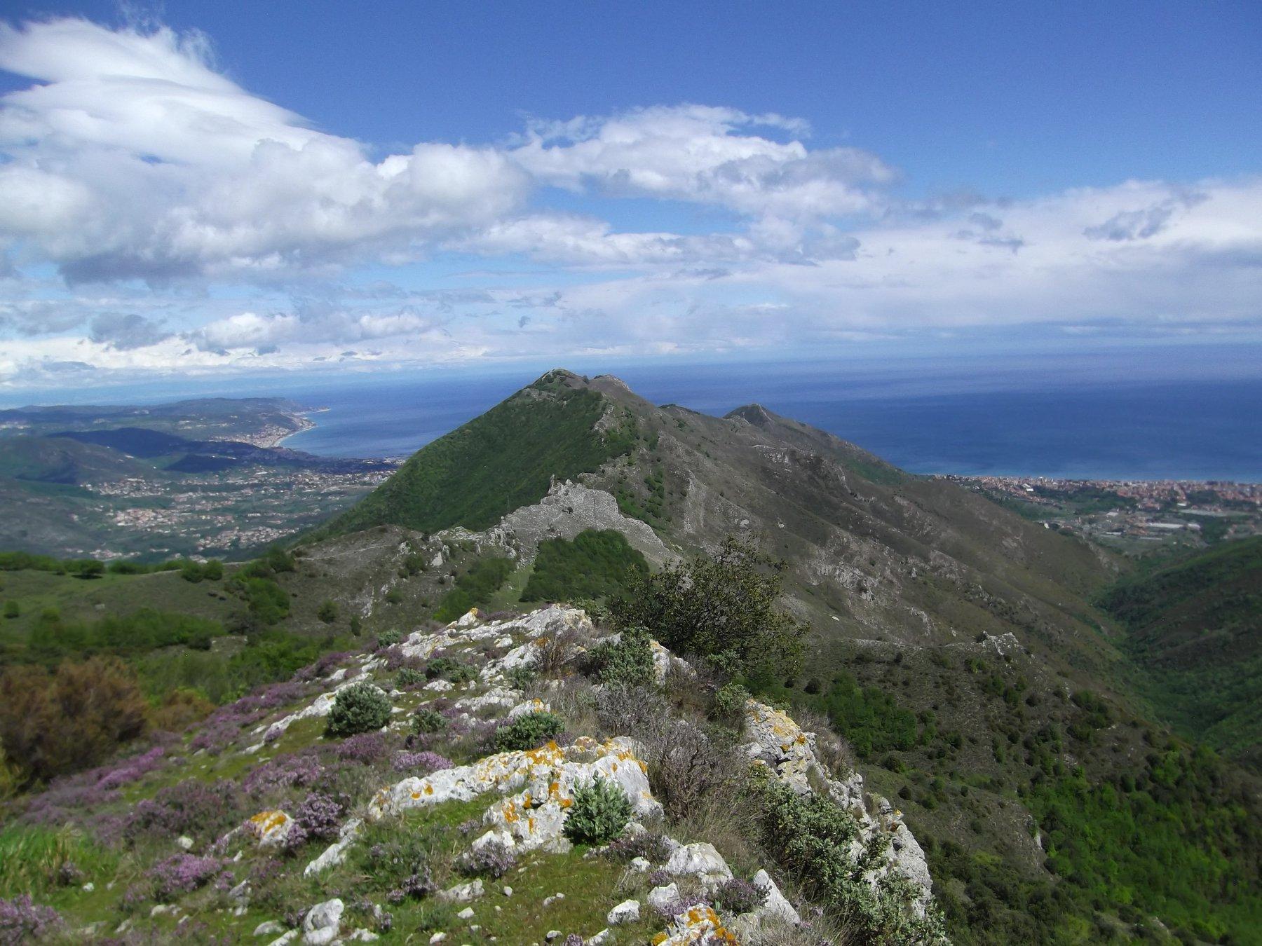 La cresta per il Monte Acuto.
