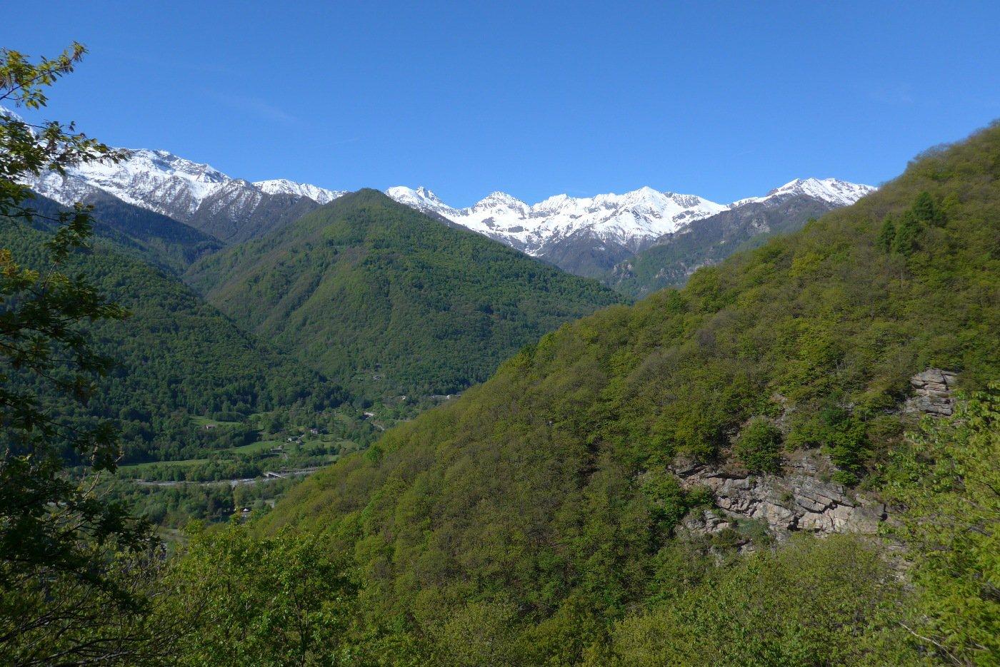 Bel panorama sulla Val Pellice