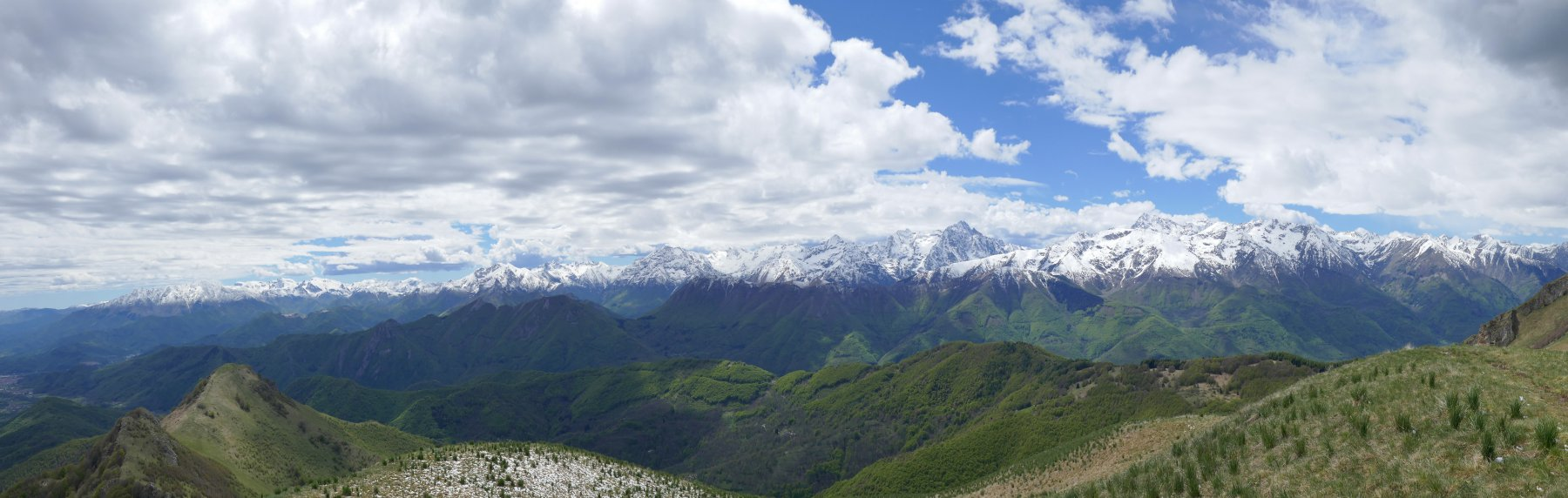 Panoramica dall'Alpe,il meteo in peggioramento....