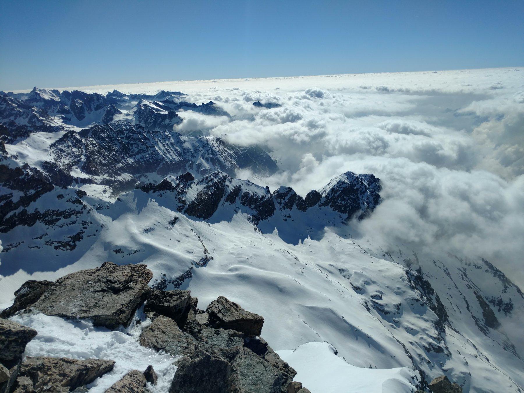 Mare di nubi sul Canavese