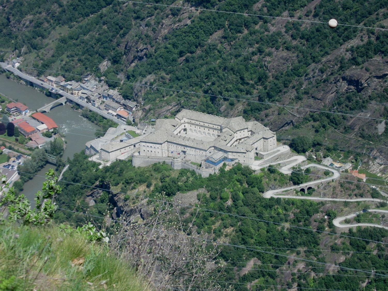 Il Forte di Bard visto dall'alto