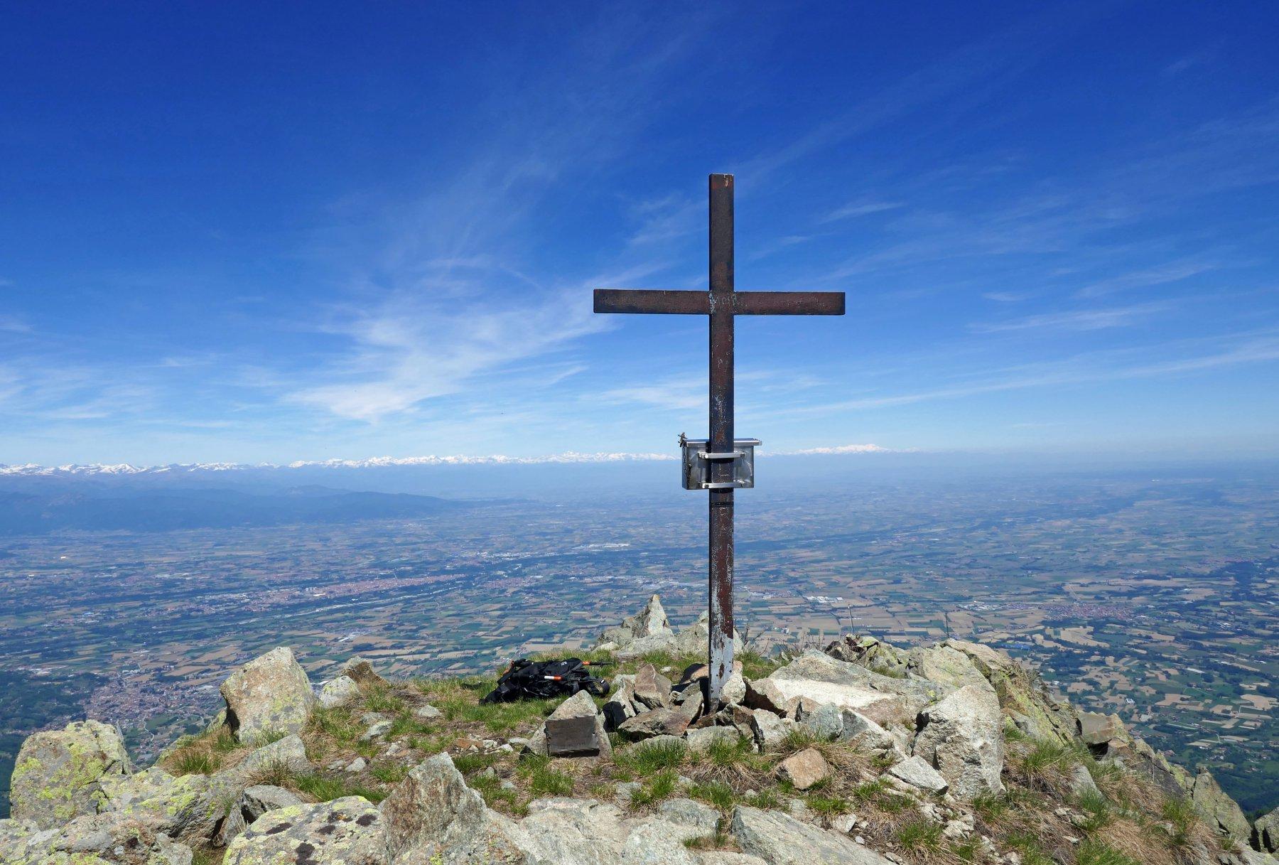 La croce di vetta della cima Nord