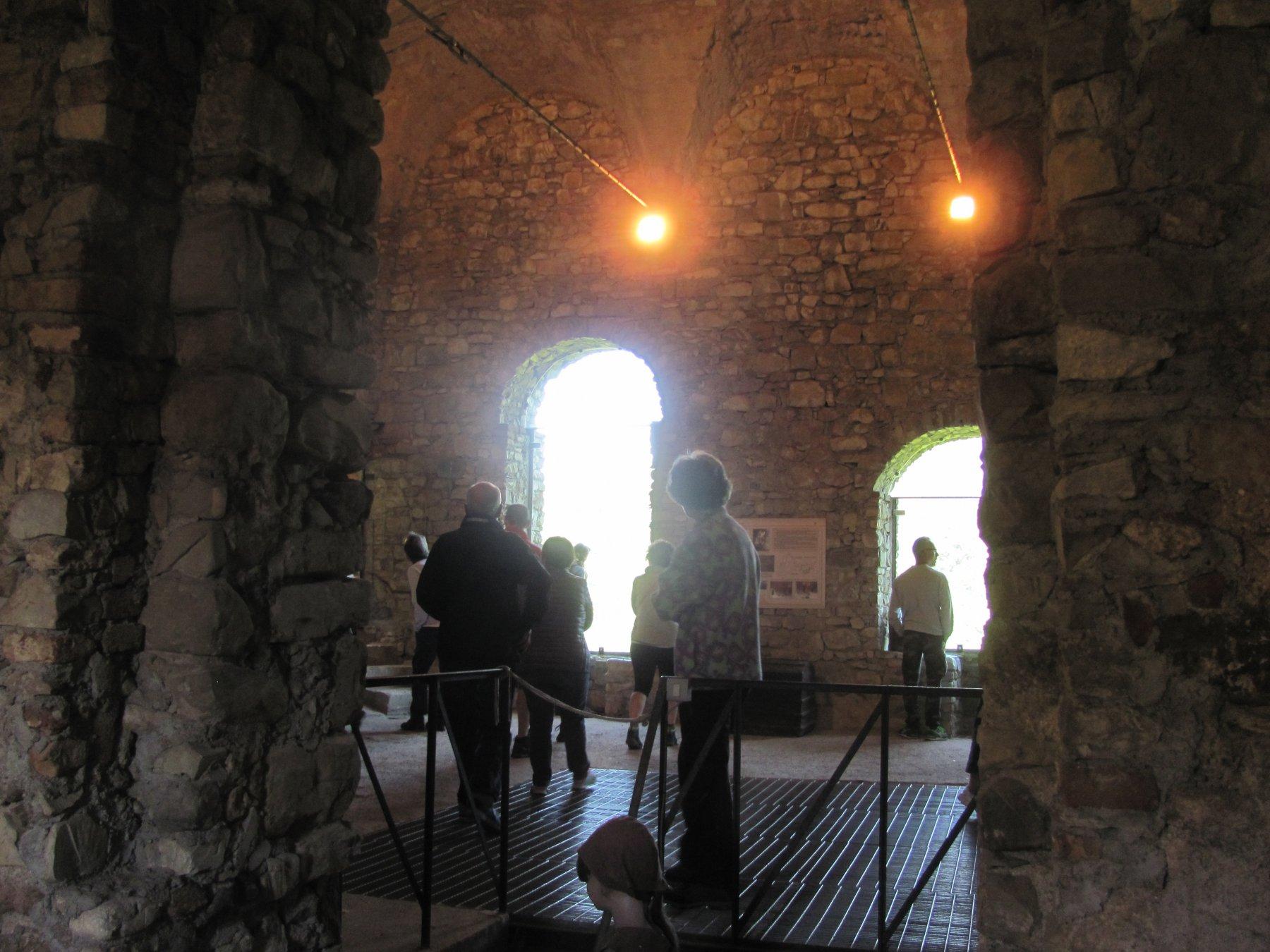 la sala centrale del castello