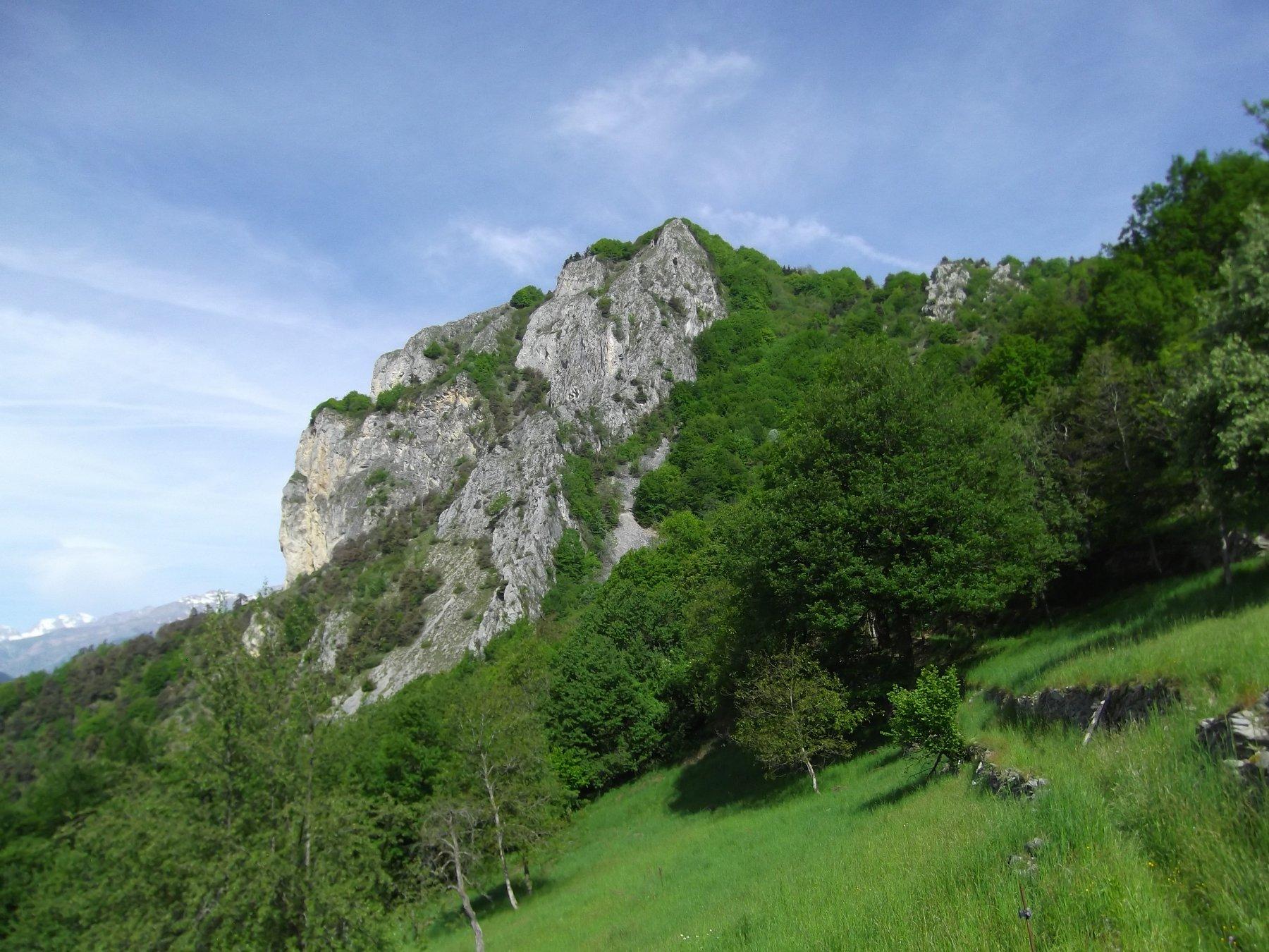 Il Monte Rubbio dalle omonime Grange.