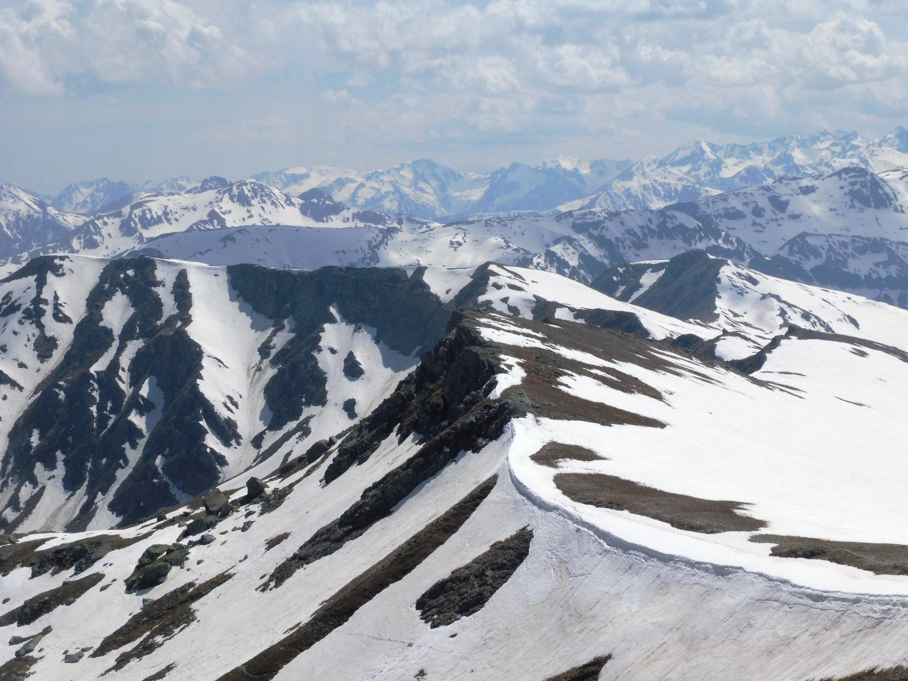 dalla cima verso il Sebolet