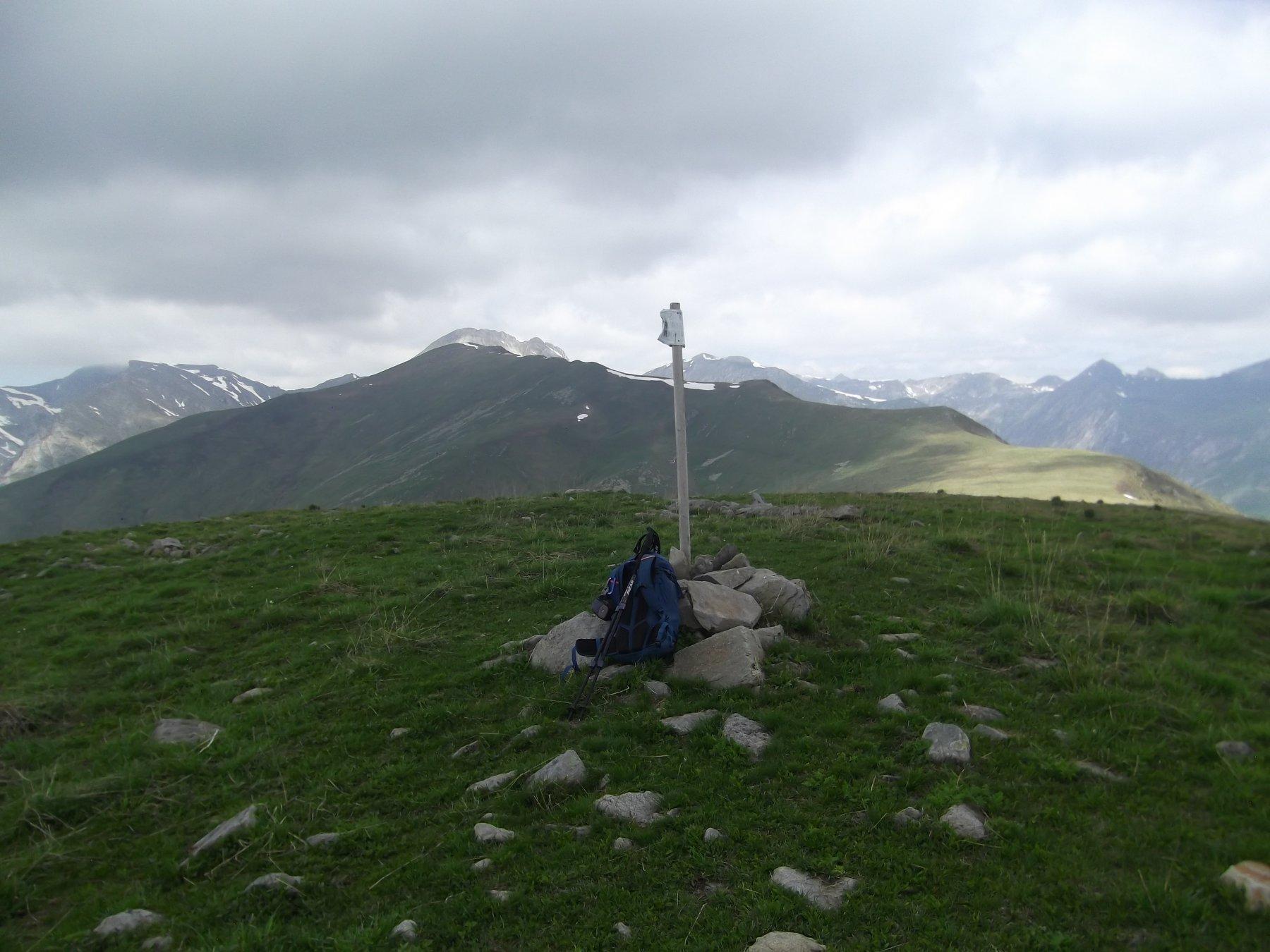 Monte Corso del Cavallo Ovest (m.2170) con alle spalle il Monte di Vinadio.