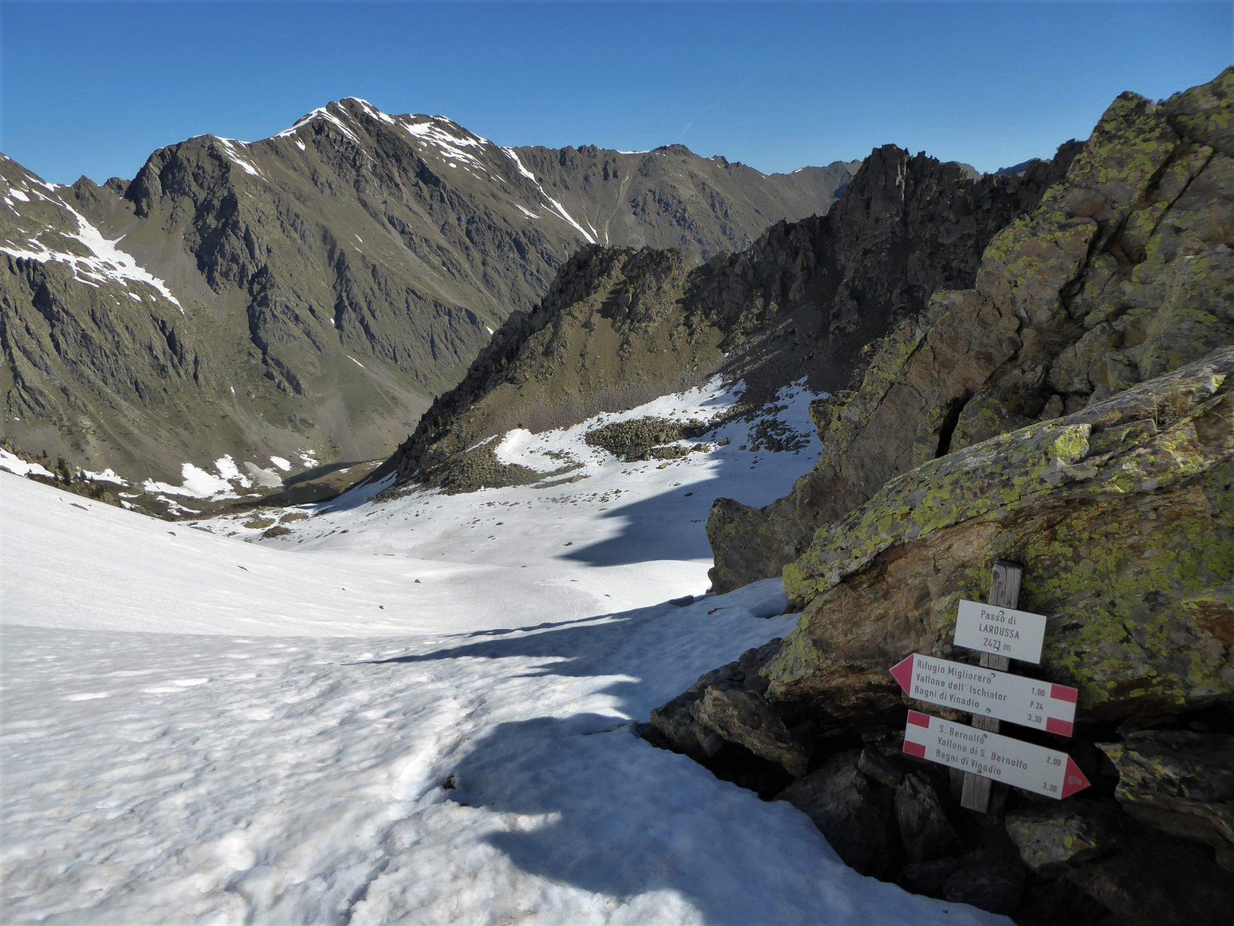 sguardo verso il vallone di Besmorello dal Colle Laroussa