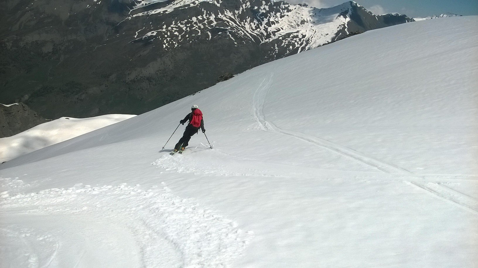 Ottimi i primi 600 metri di discesa. Neve più pesante da quota 2.700 in giù