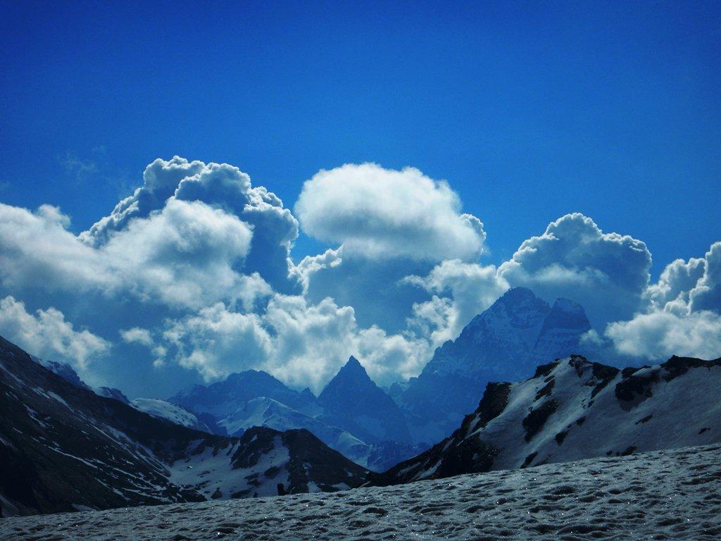 Si accendono le nubi verso Viso