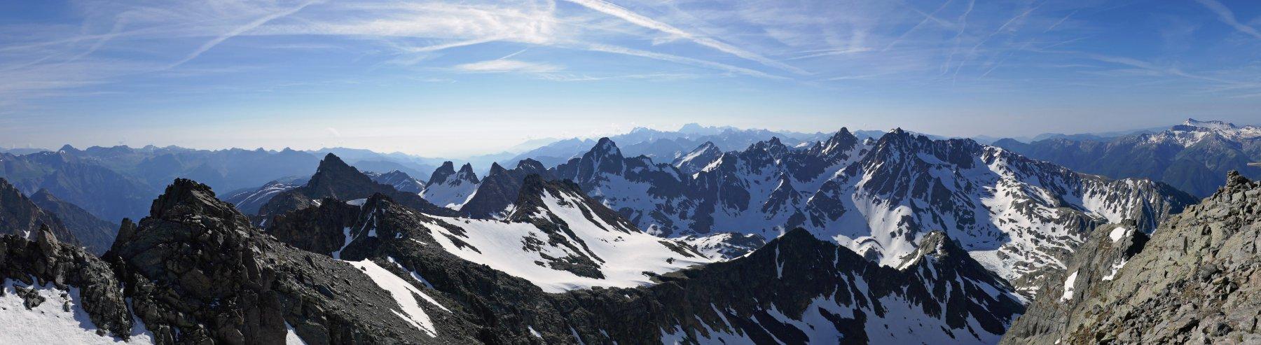 Panoramica dalla cima del Tenìbres